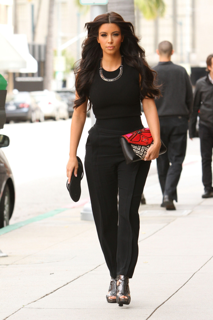 Troy Tashaz Blog Outfit Check Kim Kardashian On Black Outfits