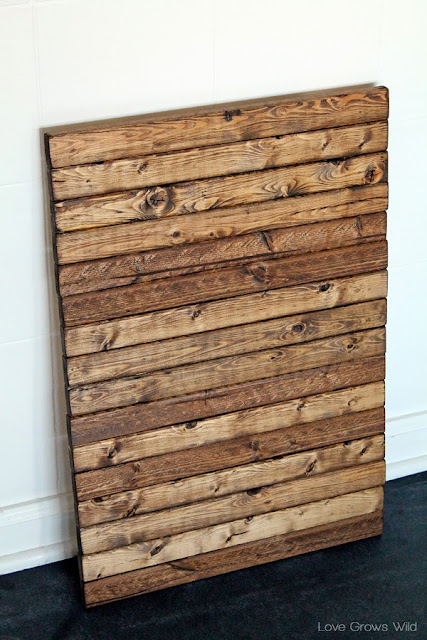 How to make your own DIY Mini Wood Pallet! Learn how to recreate the pallet look for less with this easy tutorial! Great project for beginners!