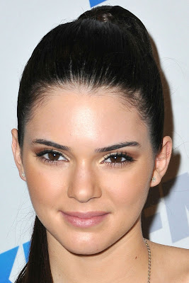 Kendall Jenner Cute and Sexy Leggy at KIIS FM's Jingle Ball 2012 in Los Angeles