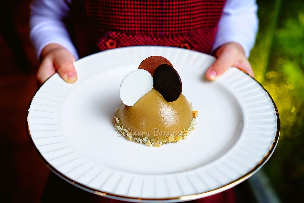 Caramel dome cake