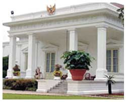 Profil istana Merdeka