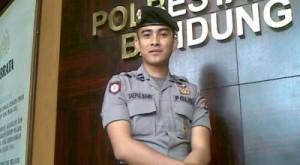 Foto Polisi Ganteng Polteng