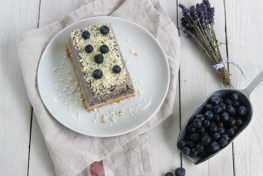 Heidelbeereiskuchen Heidelbeerkuchen Gefrierfach Kühlschrank Sommerkuchen Weiße Schokolade Holunderweg18