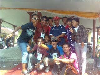 http://karangtarunabhaktibulang.blogspot.com/2013/06/rangkaian-kegiatan-karang-taruna-bhakti-desa-bulang.html