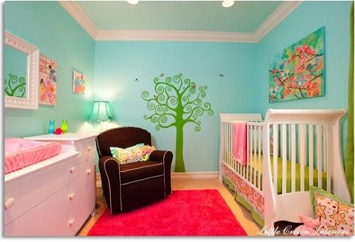 jolie déco intérieur chambre bébé fille