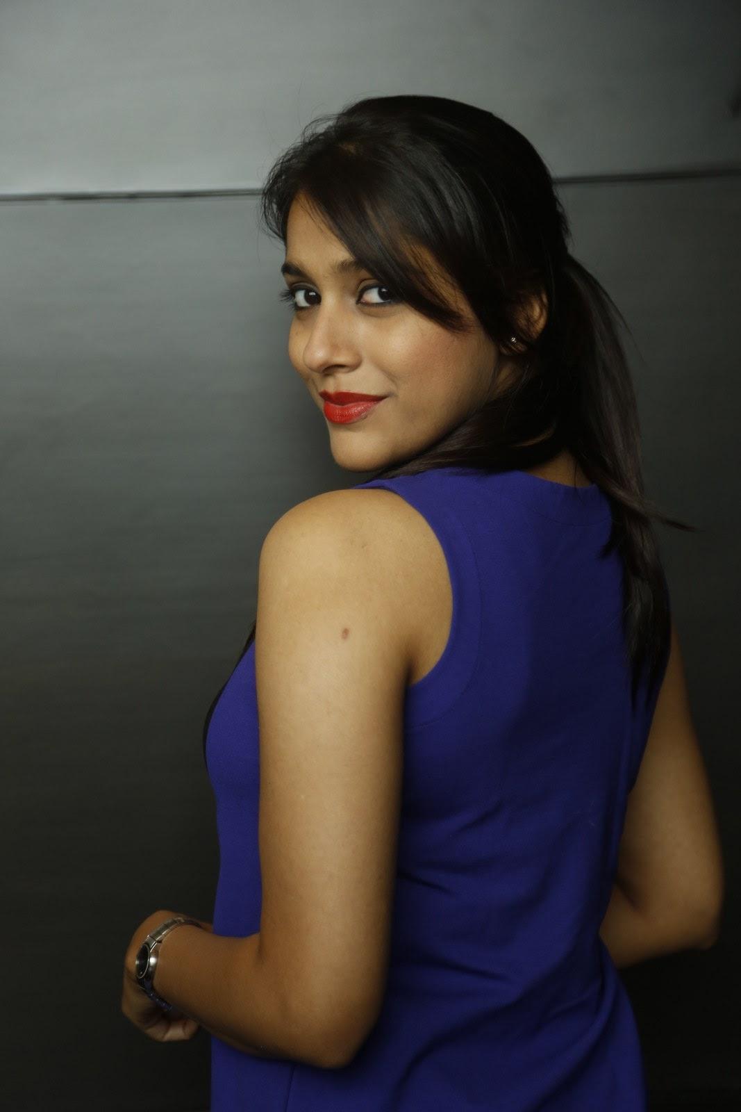 Rashmi Goutham glamorous Pictures 029.JPG