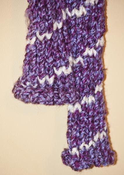 Knitted Cowl Neck Patterns : DnAnP Jeffries: Spiral Design Tube Scarf - Round Loom