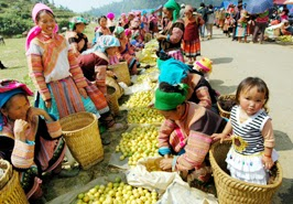 Pha Long market in Sapa