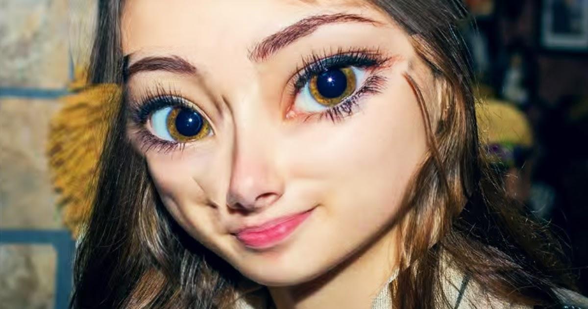 El espejo g tico la chica que cre a vivir en una pel cula for Espejo que sale en una pelicula