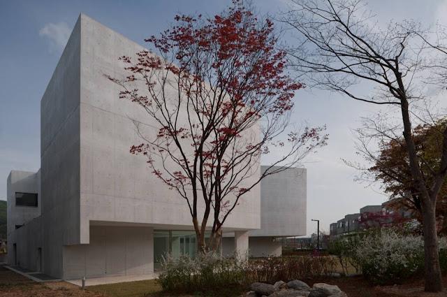 04-Mimesis-Museum por Alvaro Siza-Viera-