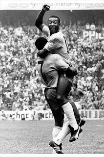 Curiosidades do Futebol, Pelé e o caso da CHUTEIRA ADIDAS