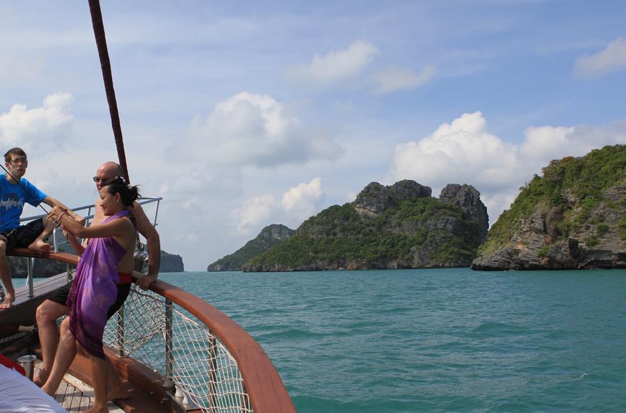 Naga cruise, romantic things to do on Koh Samui, cruise to Angthong Marine Park