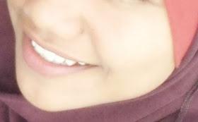 senyumanku utk kebahagiaan org