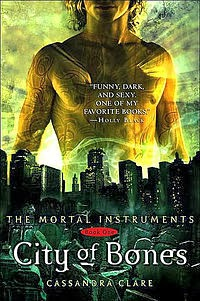 http://juliasnerdroom.blogspot.se/2013/02/recension-city-of-bones-cassandra-clare.html