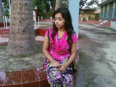 Bangladeshi Meyeder Modern Pose ((((: Bangladeshi 3rd