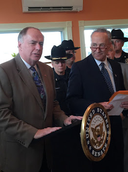 Introducing Senator Schumer  at Mustard Seed