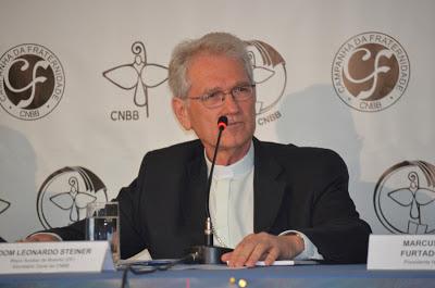 """Dom Leonardo: """"a Igreja no Brasil deseja convidar os jovens a serem verdadeiros discípulos missionários no mundo de hoje""""."""