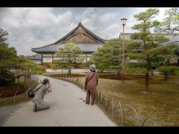 Tourists at Nijo Castle by Kaj Bjurman