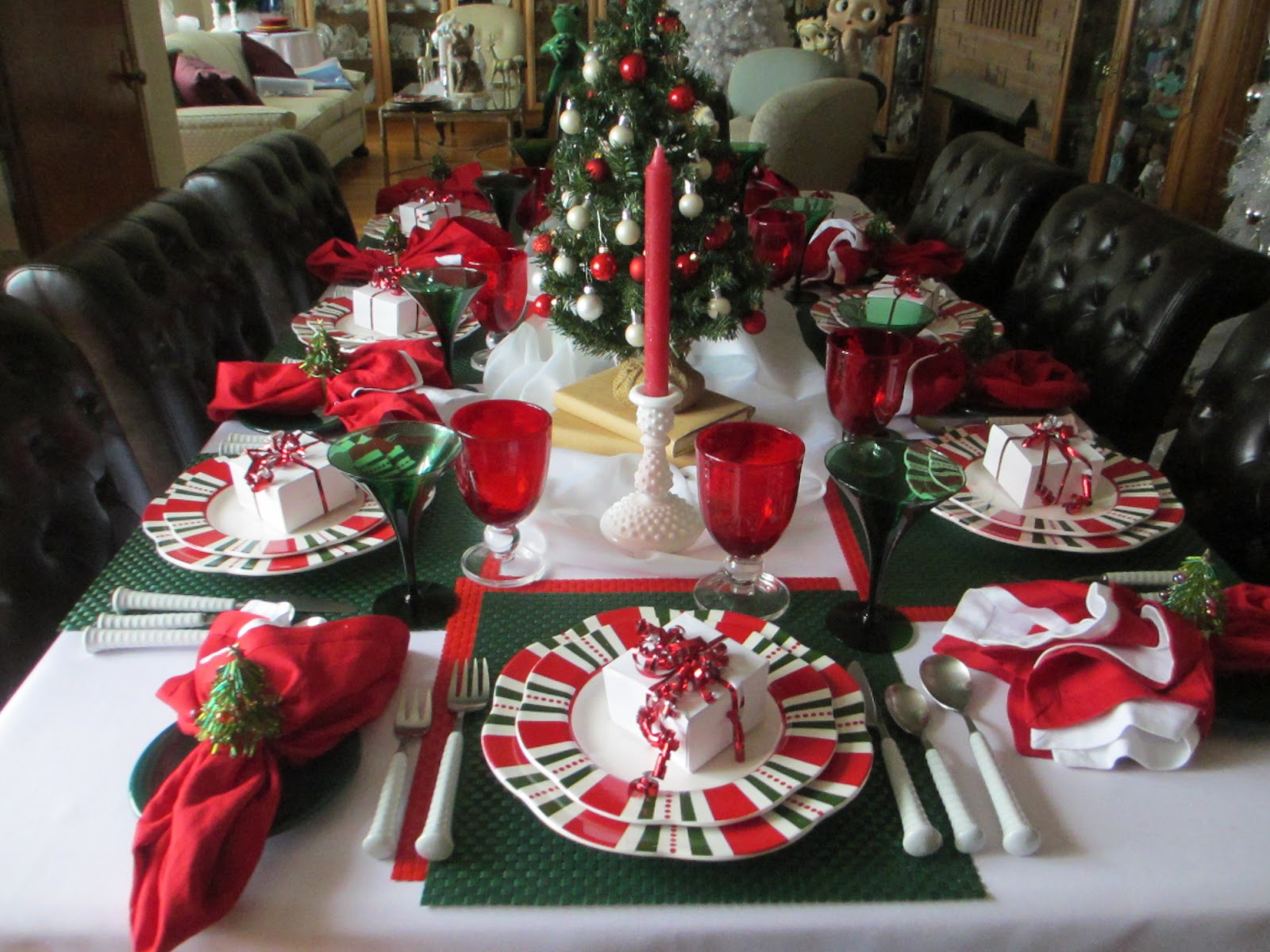 pats inspiration for this weeks table was taken from clement clark moores immortal poem the visit or more commonly known as twas the night before - Twas The Night Before Christmas Decorating Ideas