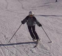 Esquiar con un esquí