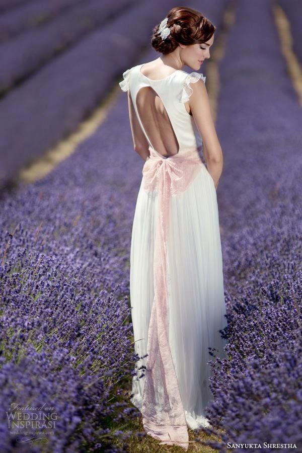 robe de mariee dos nu avec un trou
