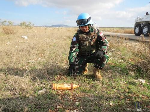 Patroli Satgas Indobatt Temukan Bom Aktiv di Lebanon Selatan