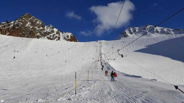 инструктор по горным лыжам Штубай Нойштифт