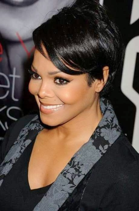 Short Black Hairstyles for Women and Girls | a crown made of ivy