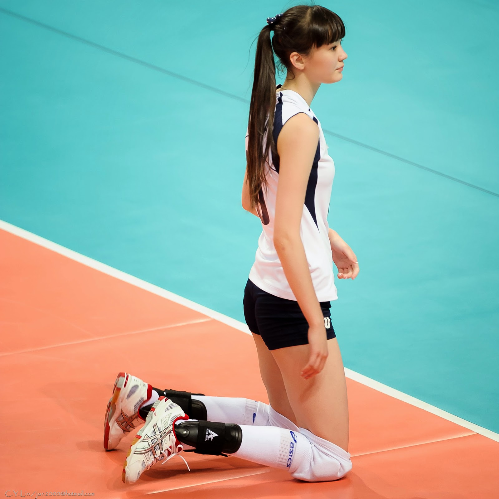 Sabina Altynbekova Berkerudung