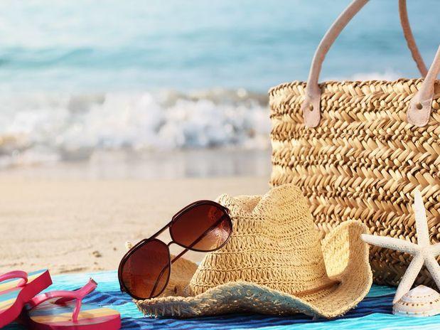 Use óculos de sol no verão