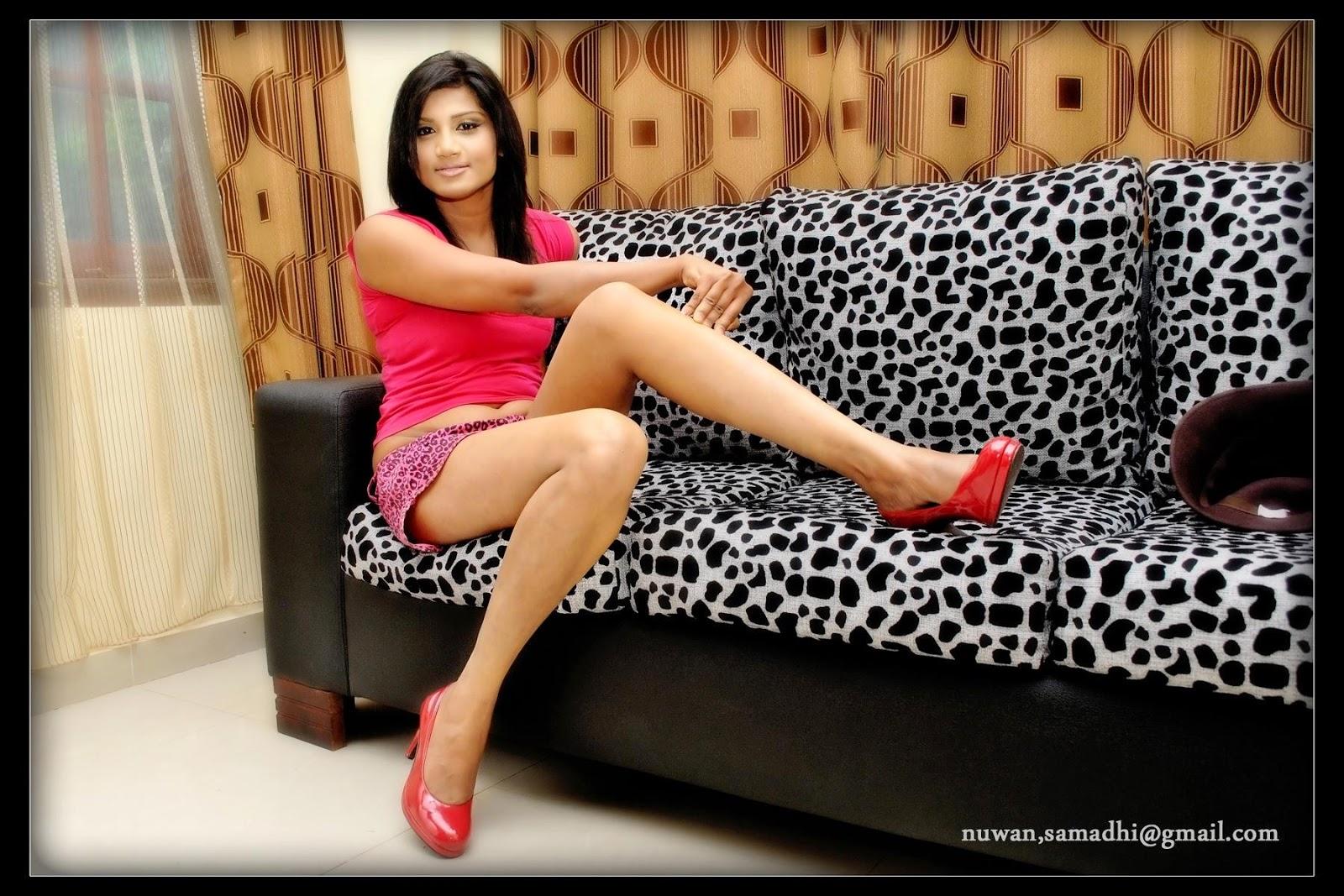 Thilini Gunasekara thighs