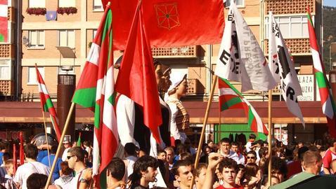 Juan Pedro Arraiza: Banderas en Navarra