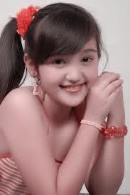 Nama Lengkap:Ranty Maria Aprilly Kariso