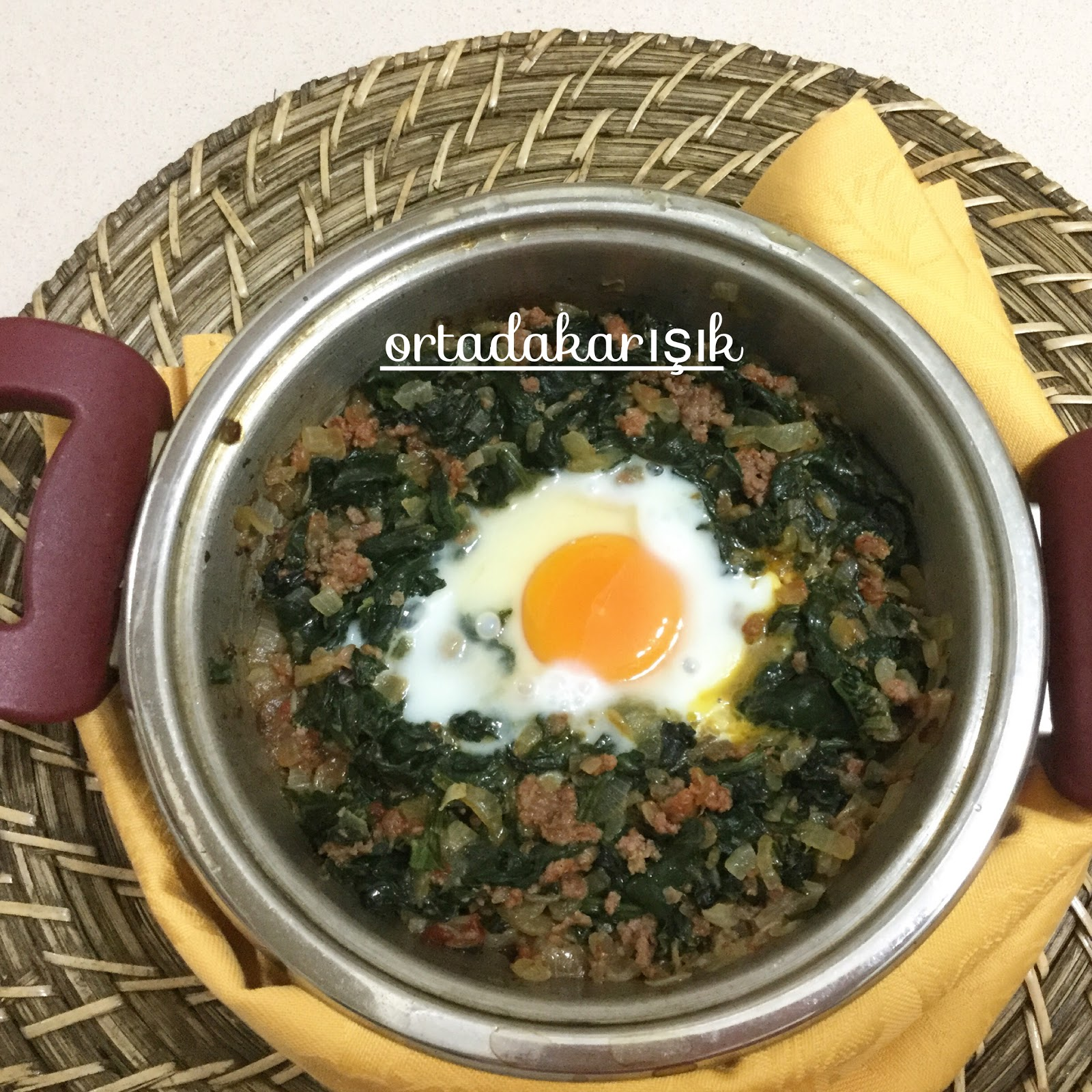 Fırında Yumurtalı Ispanak Videosu