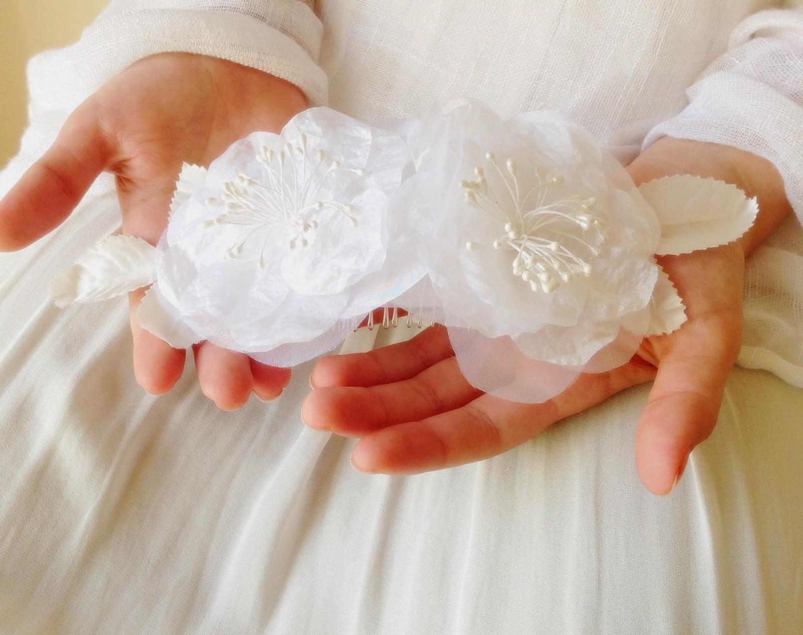 Bridal hair accessory comb