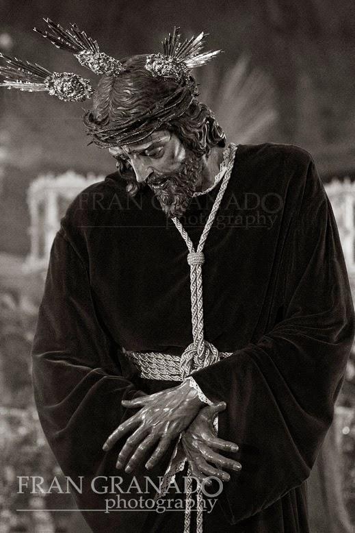 http://franciscogranadopatero35.blogspot.com/2014/05/el-cautivo-de-jesus-nazareno-de-arahal.html