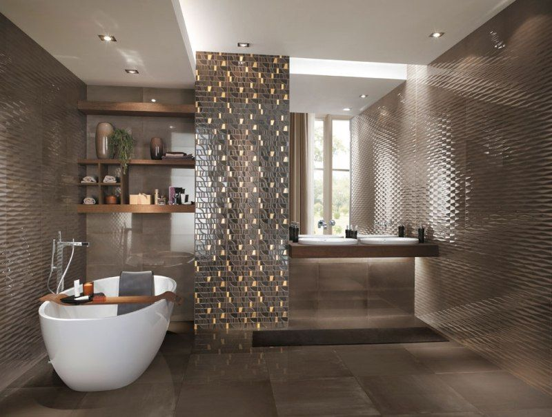 Baño De Lujo Moderno:esquina del baño para complementar un conjunto lleno de lujos