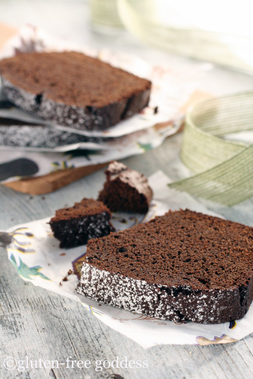 slice of delicious gluten free chocolate gingerbread