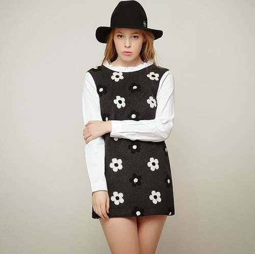 Girly Shirts Attached Daisy Dress