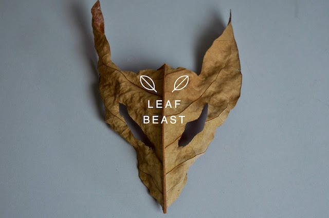 art contemporain moderne , exposition de l'artiste japonais Baku Maeda sculpture feuilles mortes magnolia petite animaux lézard , blog d'art contemporain Vanessa Lekpa , projet Leaf Beats
