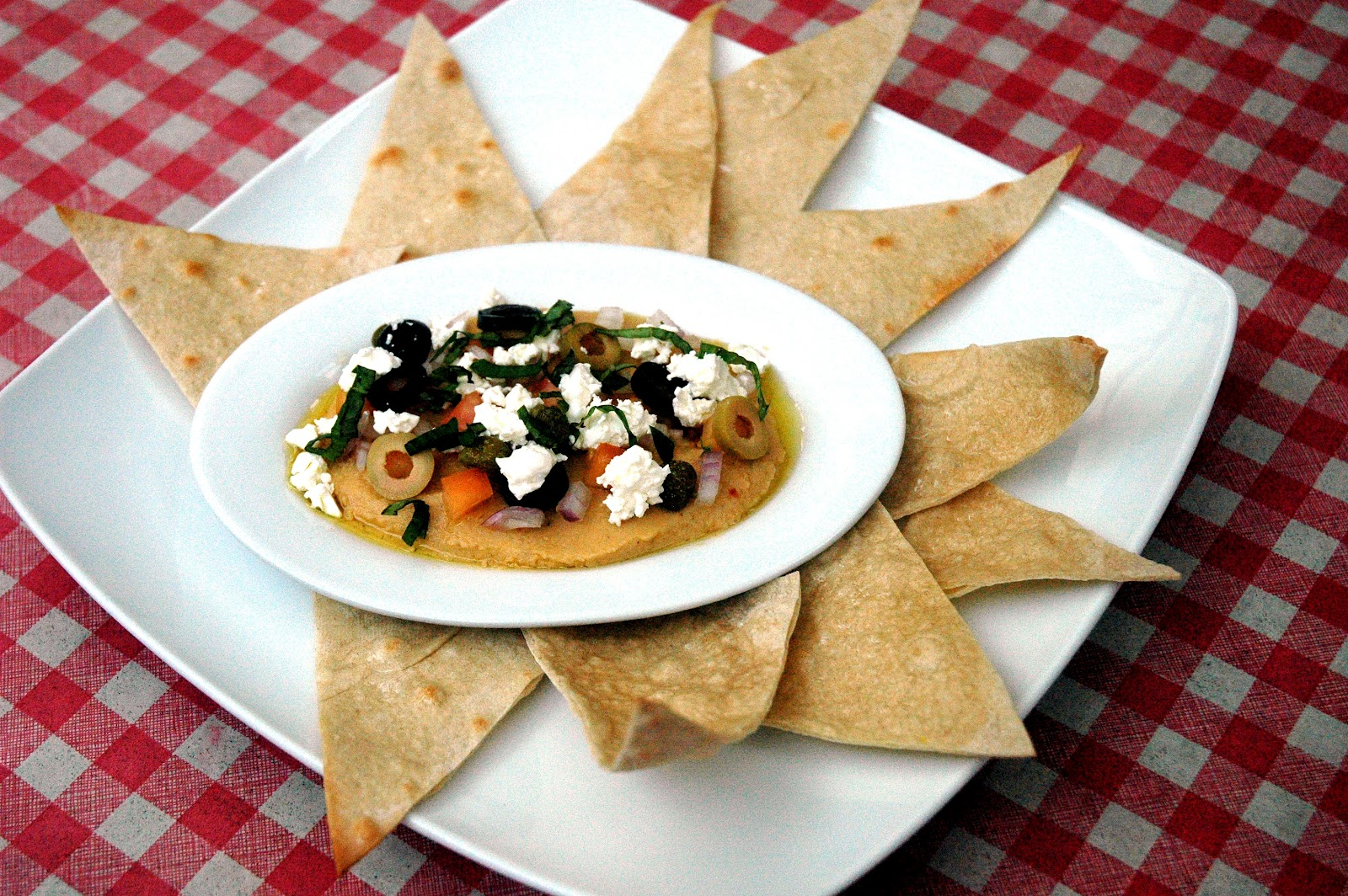 Hummus En Fuego Recipe — Dishmaps