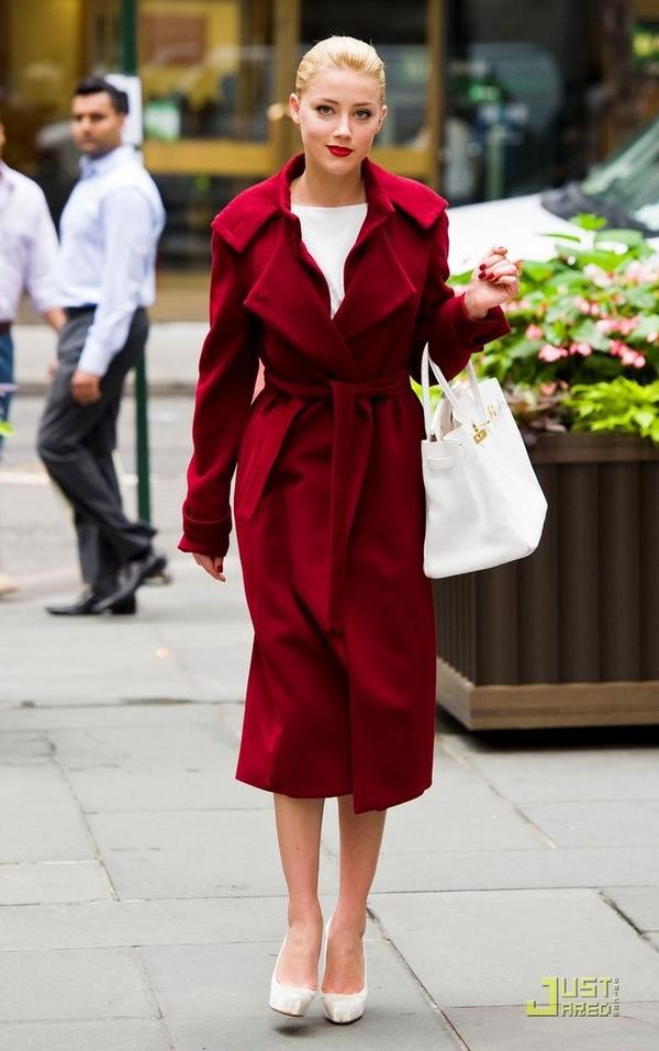 Amber Heard casual look