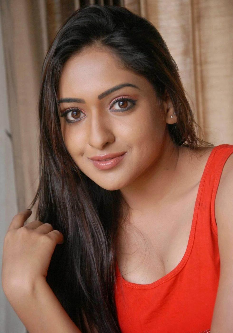 Hot Bhabhi Mallu South actress anjana hot spicy
