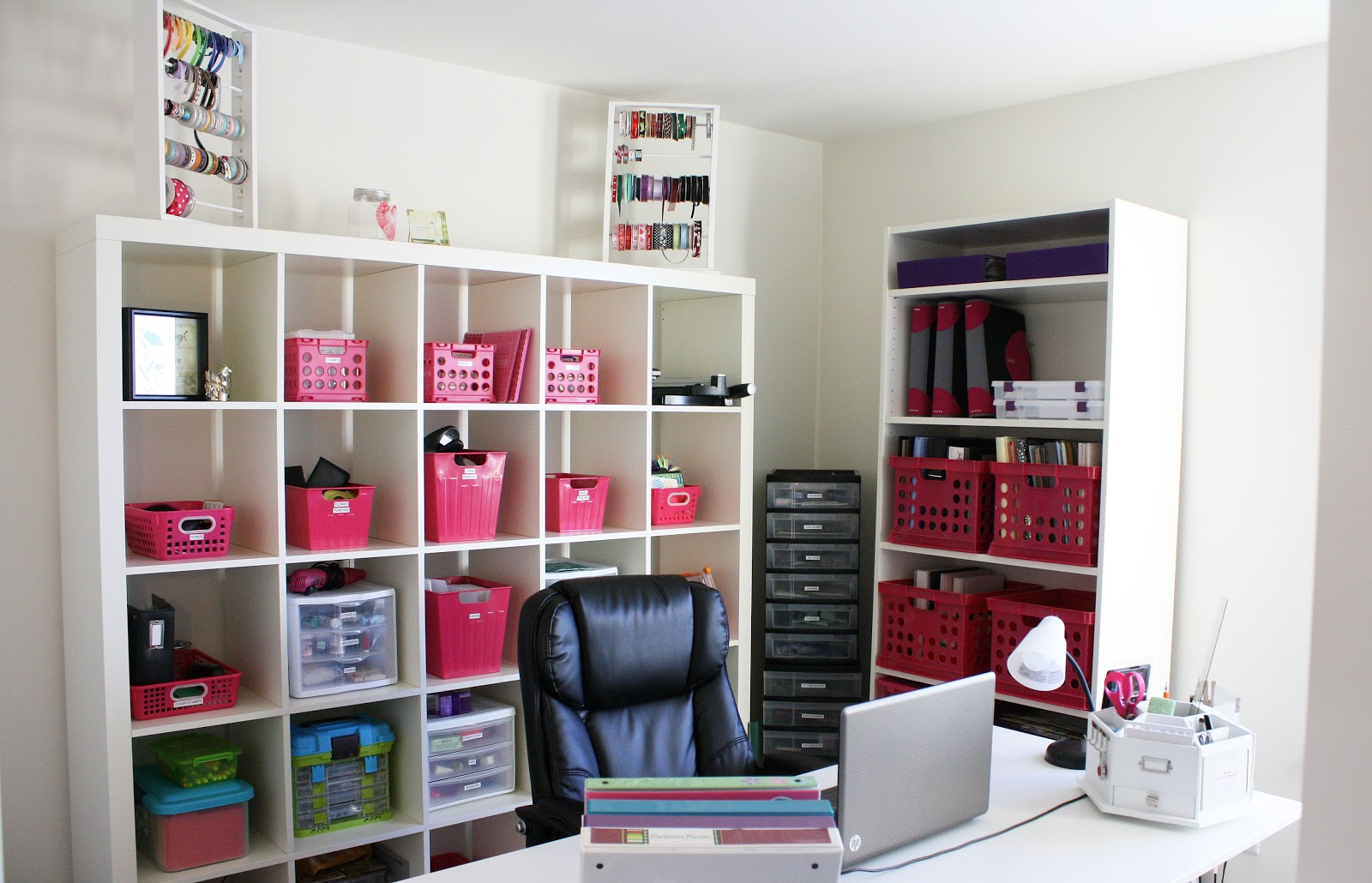 My organizing style is pretty much exactly like yours and one of my biggest pet peeves is when I run across an article by a professional organizer that uses a hundred different containers and labels in one room just so they know where all of their stuff is (Alejandra Costello).