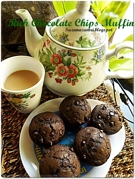 cooking with soul rich chocolate chips muffin