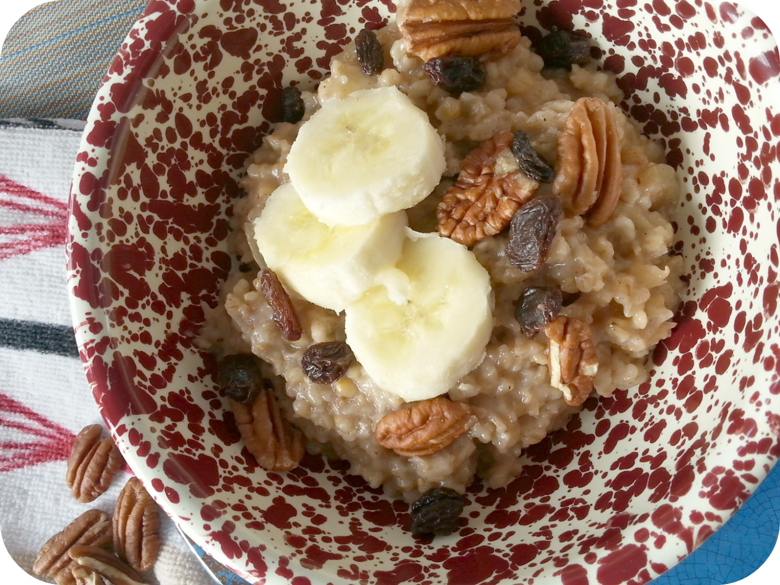 overnight cinnamon apple oatmeal (healthy options)