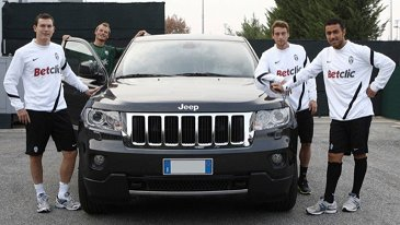 photo of Antonio Conte grand Cherokee - car