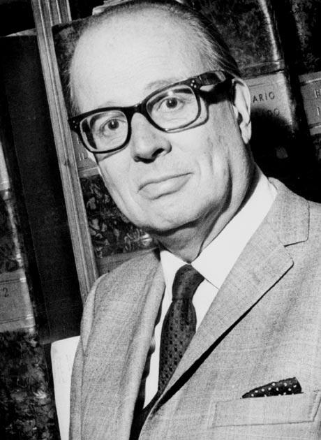 Salvador Reyes Figueroa (Copiapó, 16 de agosto de 1899 - Santiago, 27 de febrero de 1970), fue un escritor chileno, perteneció a la «generación de 1927» y ... - Salador%252BReyes%252BFigueroa