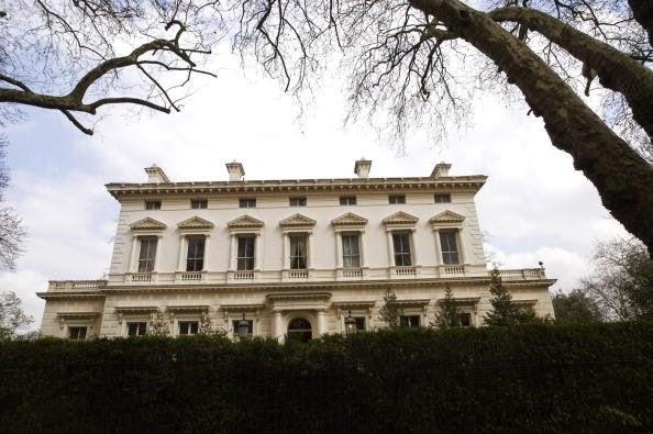 Kensington Palace Gardens London Inggris
