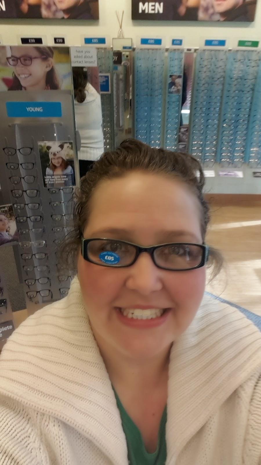 PippaD in her new Glasses